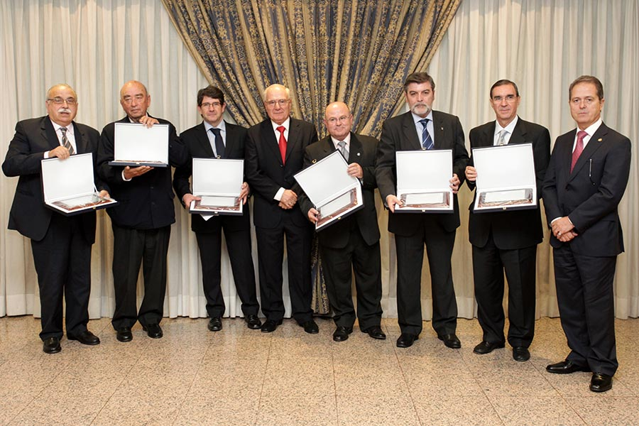 AEC PLACAS DE HONOR 2012