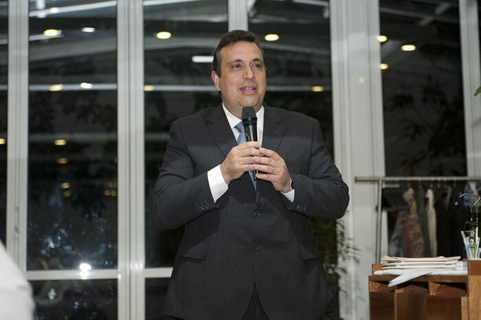 Manuel Jordan Presidente AEC
